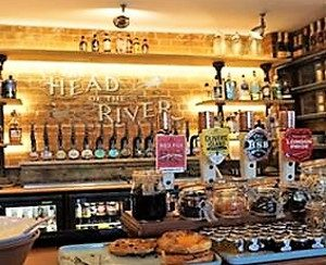 Head of the River Pub inside Oxford