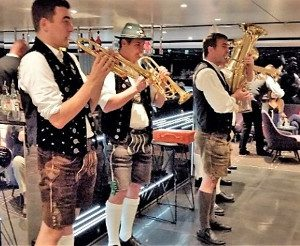 band on cruise on the Danube